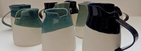 porcelain; asymmetrical edges