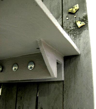 detail: ceramic shelf