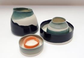 pouring vessels; porcelain