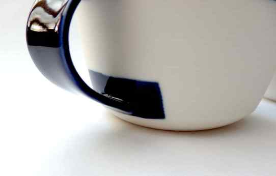 porcelain cup: handle detail