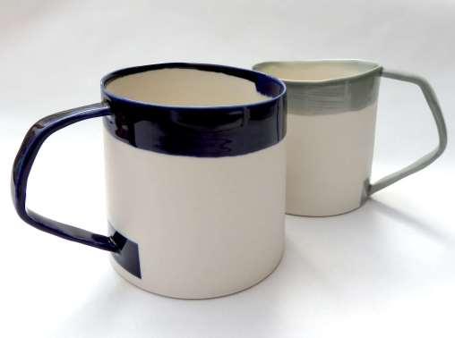 porcelain mugs with nagled handles - indigo / grey