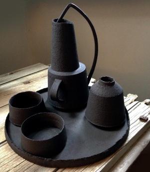 Assemblage black stoneware